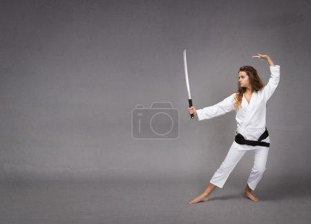 kung fu with katana on hand