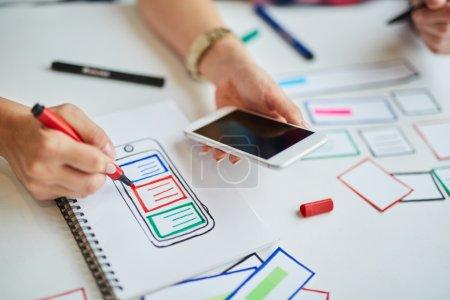 designer prototyping responsive website
