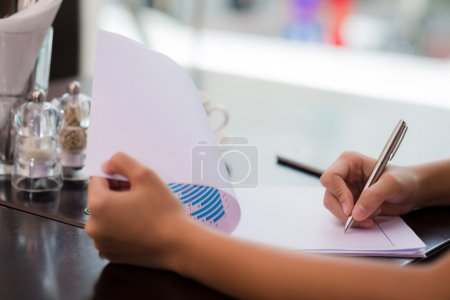 Signing financial report