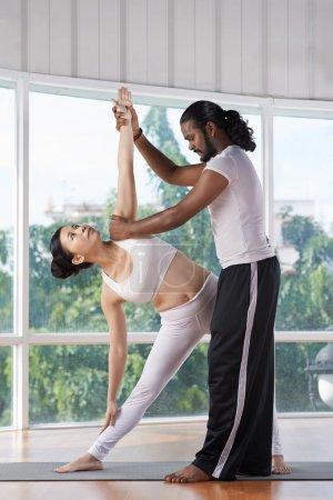 Yogi Correcting posture