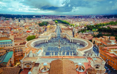 Panorama Square St. Peter and all of Rome