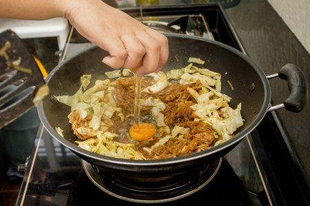 chef fried noodle