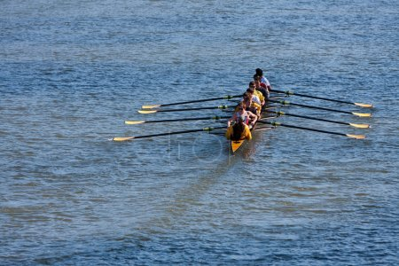 Men's College Crew Team Rows Down Atlanta River