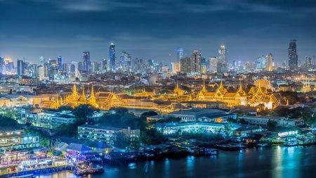 Photo for Grand palace at twilight in Bangkok, Thailan - Royalty Free Image