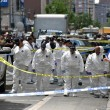 Постер, плакат: Crime scene investigators in New York City