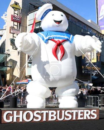 Ghostbusters premiere Atmosphere