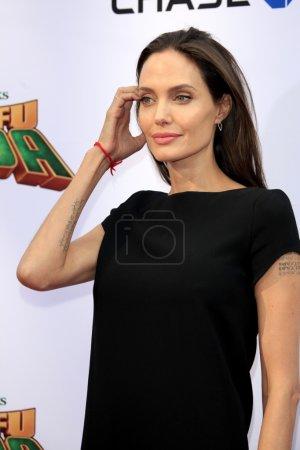 актриса Анджелина JoliePitt