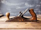 Hoblík na dřevěný stůl, malý dof