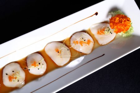 diced scallops with sauce