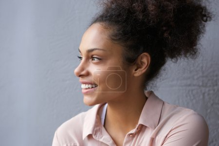 Photo for Close up portrait of a beautiful african american woman smiling - Royalty Free Image