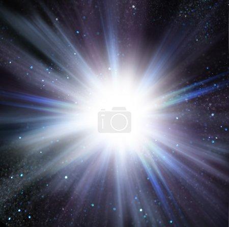 Foto de Luz de destello del centro de fondo azul. - Imagen libre de derechos