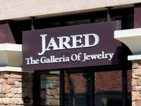 Jared Jewelry Store Exterior and