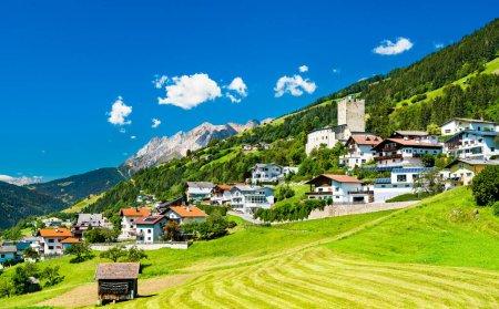 Schloss Bideneck bei Fliess in Österreich