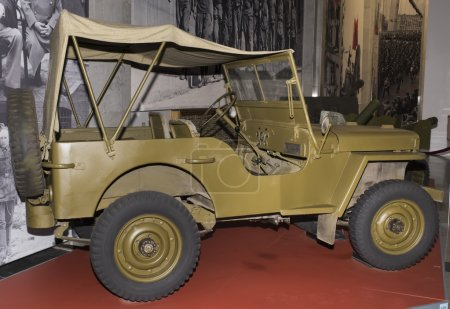"MB - four-wheel drive vehicle ""Willys"" (1942). Max. speed - 104"