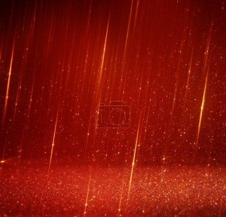 Foto de Rojo y oro Resumen Antecedentes defocused bokeh luces - Imagen libre de derechos