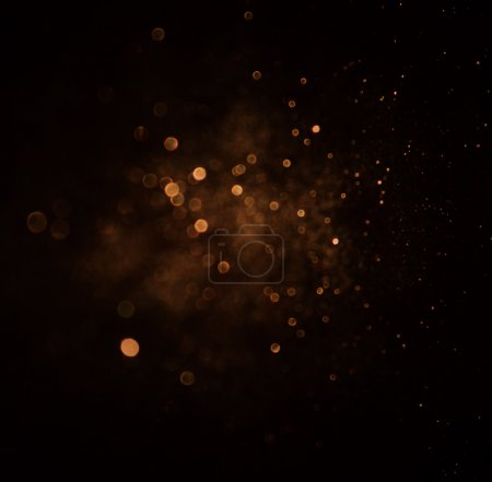 Photo pour Fond de paillettes de lumières vintage. or foncé et noir. Pasante - image libre de droit