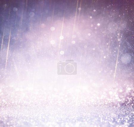 Foto de Fondo vintage luces de brillo. luz de plata, oro, púrpura y negro. desenfocada. - Imagen libre de derechos