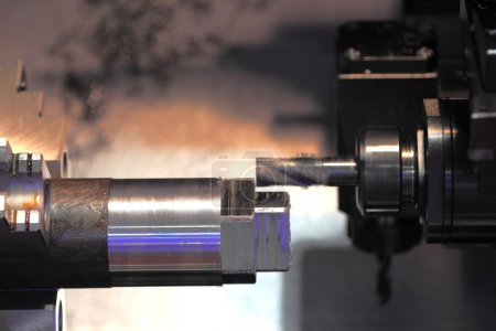 metalworking with end mill cutting tool