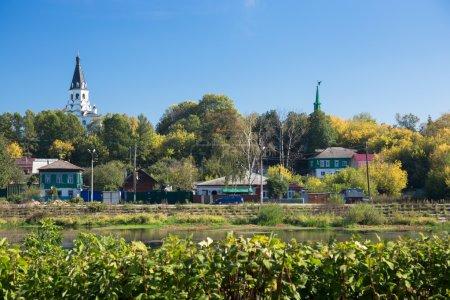 Photo pour Alexandrovskaïa Sloboda à Alexandrov, Russie. Il a servi de capitale de la Russie pendant trois mois au milieu du XVIe siècle sous le tsar Ivan le Terrible jusqu'à ce qu'il accepte de rendre sa cour et les reliques de Moscou qu'il avait emportées avec lui . - image libre de droit