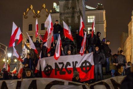 Nationalisten protestieren im Zentrum von Krakau.