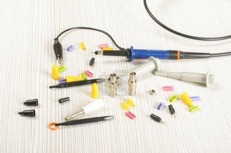 Oscilloscope probe accessories and tips