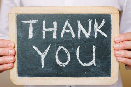 Photo pour Merci mots écrits au tableau. concept de gratitude - image libre de droit