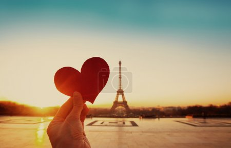 Eiffel tower and paper heart