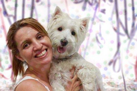 """Photo pour Fête de carnaval avec un West Highlander White Terrier et sa """"maman"""" """". - image libre de droit"""