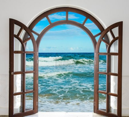 Door open sea