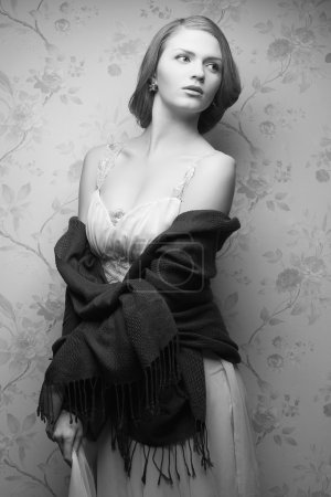 Hollywood diva concept. Vintage portrait of glamorous young actr