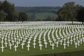 Több ezer amerikai életet, Henri-Chapelle amerikai temető és emlékhely