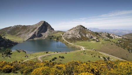 les lacs de Covadonga dans le picos de europa, Espagne