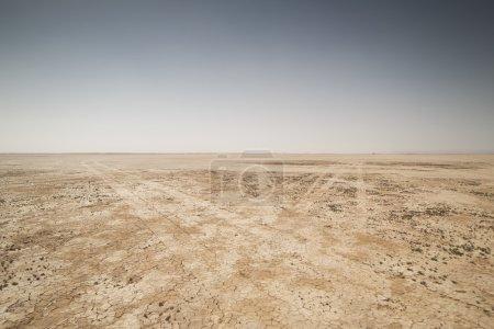 Photo pour Incroyable lac asséché, Maroc désert sahara - image libre de droit