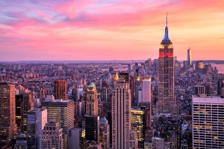 Photo pour New York Midtown avec Empire State Building à Amazing Sunset - image libre de droit