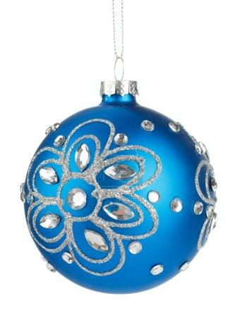 Photo pour Belles boules de Noël bleues avec cristaux isolés sur un fond blanc - image libre de droit