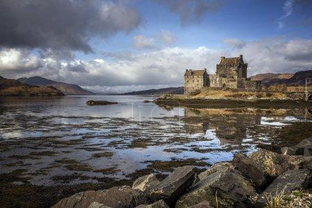 Photo pour Photo du château d'Eilean Donnan à Kyle of Lochalsh Scotland - image libre de droit