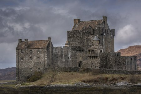 Moody Eilean Donnan Castle close View