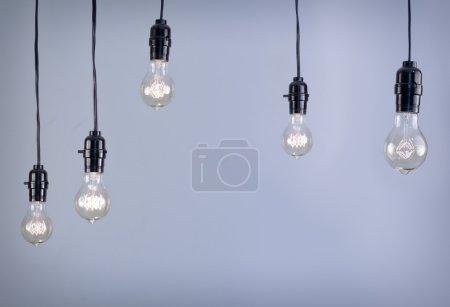 Photo pour Ampoule suspendue style edison antique à incandescence - image libre de droit