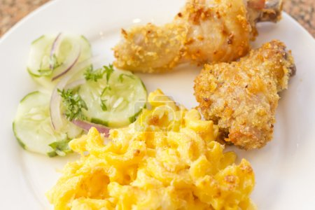 Fried Chicken Mac N Cheese