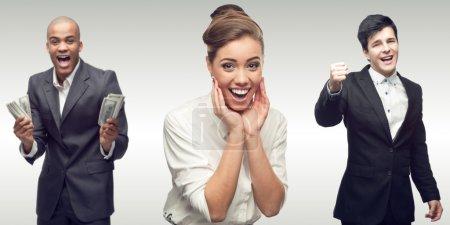 Photo pour Équipe de jeunes entreprises prospères personnes debout sur fond gris - image libre de droit