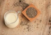 Chia semen čerstvé mléko