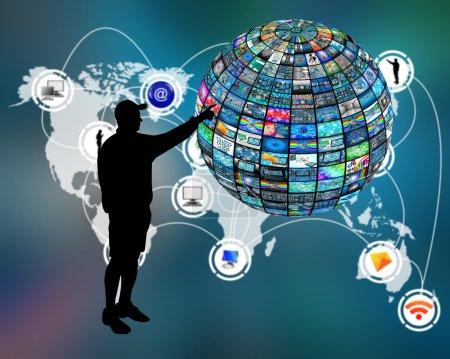 Photo pour Sphère 3D composé de plusieurs images différentes sur le thème de la haute technologie. - image libre de droit