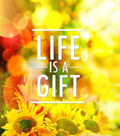 Photo pour La vie est un design de carte de devis cadeau contre les fleurs jaunes toile de fond de la nature - image libre de droit