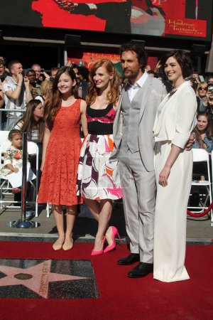 Mackenzie Foy, Jessica Chastain, Matthew McConaugh...