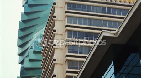 Pohled na budovu banky Pichincha v Panama City