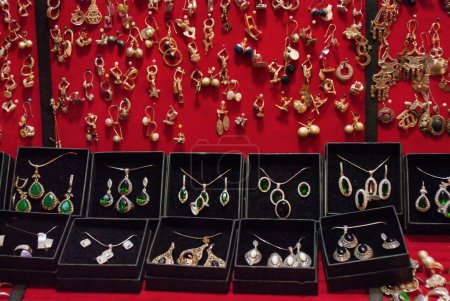 Grand bazaar beautiful accessories and clothing shops in Istanbu