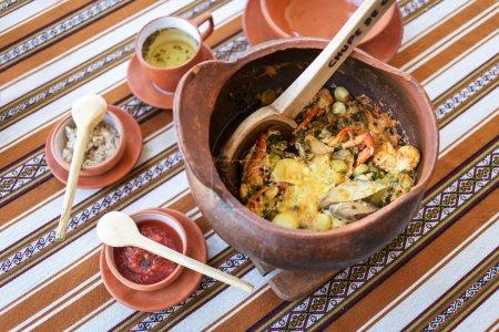 Foto de Chupe de camarones, chupe de camarones peruanos - Imagen libre de derechos