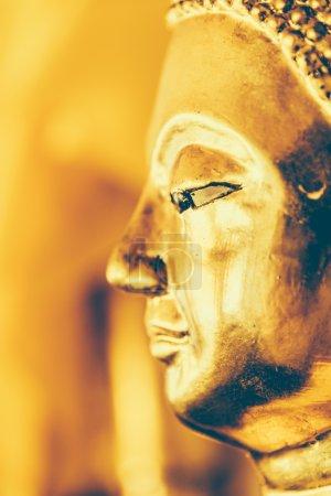Buddha statue in wat arun