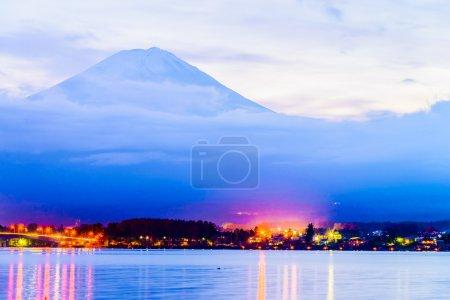 Mountain fuji at Lake kawaguchiko