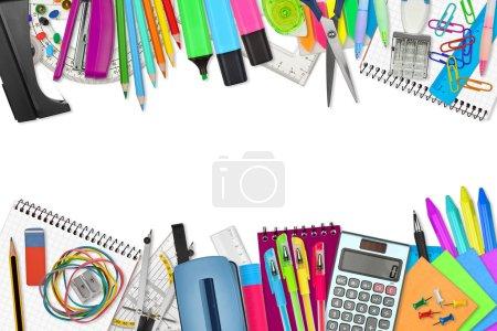 Photo pour Fournitures scolaires / de bureau sur fond blanc - image libre de droit